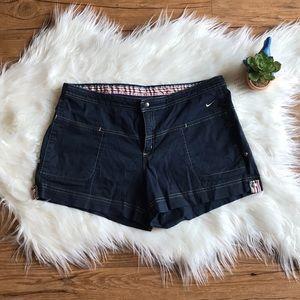 Nike side snap adjustable length 4 pocket shorts